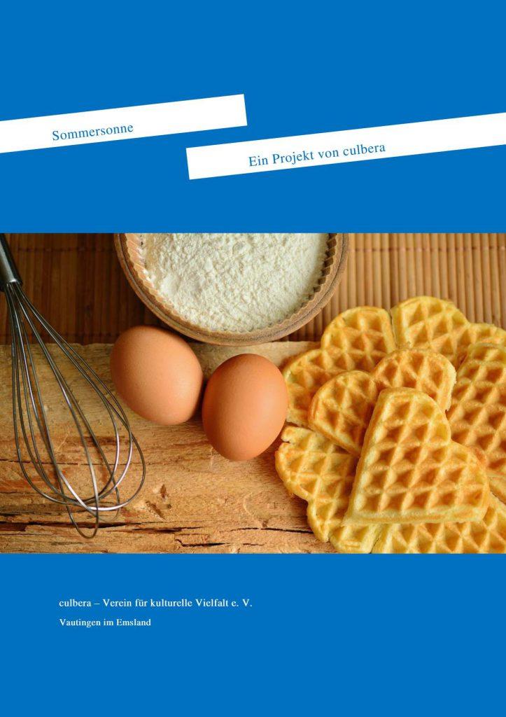 Cover, bei dem in der Mitte ein Bild ist, darunter und darüber ein blauer Hintergrund. Oben zwei weiße Rechtecke diagonal über die Straße mit blauer Schrift.